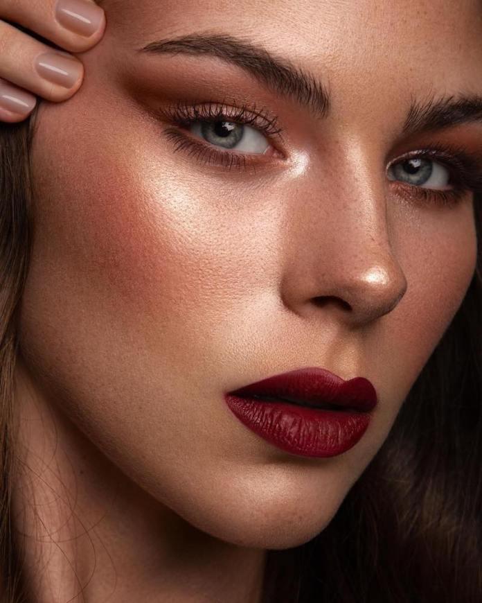 cliomakeup-rossetti-scuri-come-applicarli-struccarli-make-up-3-trucco-rossetto-scuro