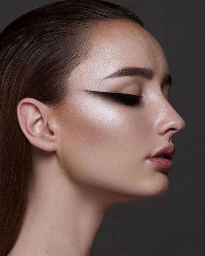 cliomakeup-makeup-semplici-autunno-17-cat-eye-maxi