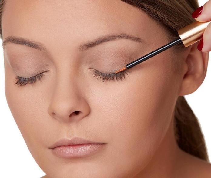 cliomakeup-migliori-sieri-ciglia-prodotti-imperdibili-7-siero-ciglia-eyeliner