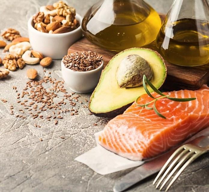 cliomakeup-quanto-olio-al-giorno-9-healthy-fat