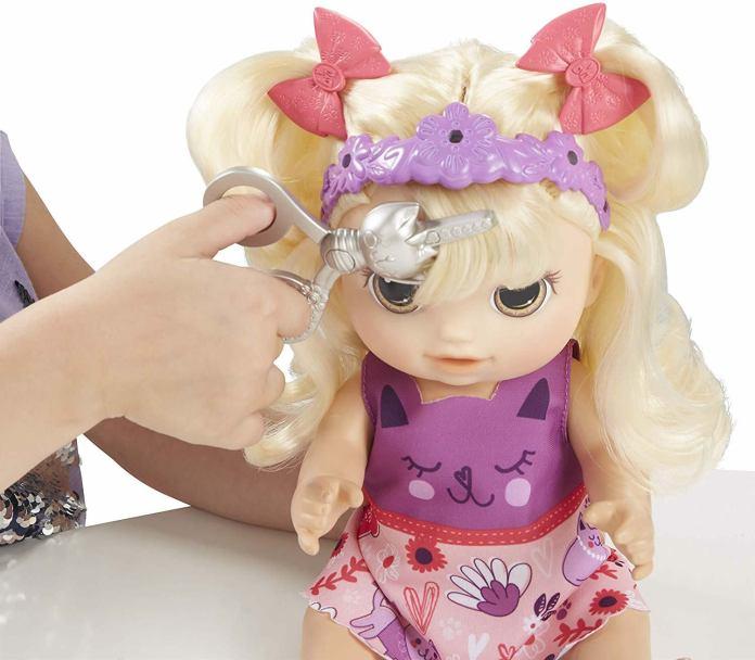 cliomakeup-giochi-bambini-black-friday2019-6-bambola-frangetta