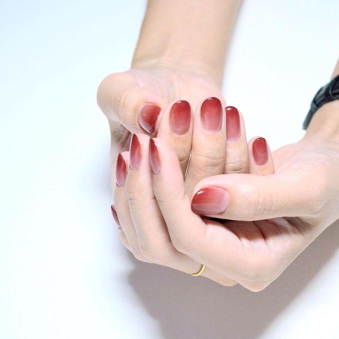 Cliomakeup-unghie-san-valentino-2020-25-sfumate-rosse
