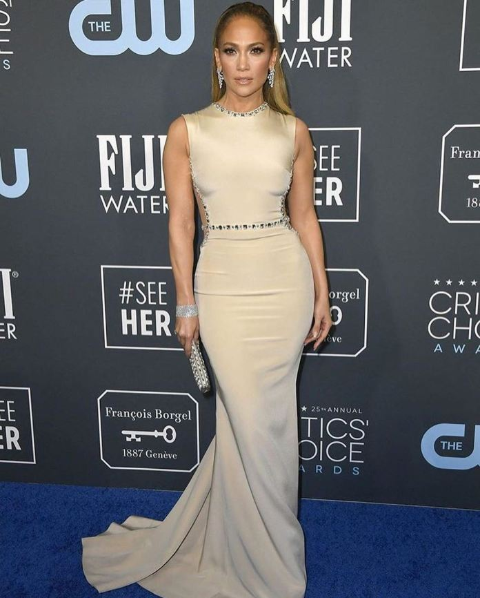 cliomakeup-critics-choice-awards-2020-look-9-jlo