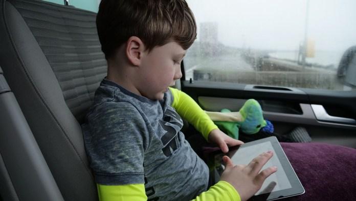 cliomakeup-tablet-bambini-18-auto
