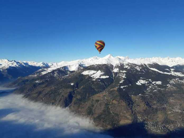 Viaggi San Valentino 2020: giro in mongolfiera in Valle d'Aosta