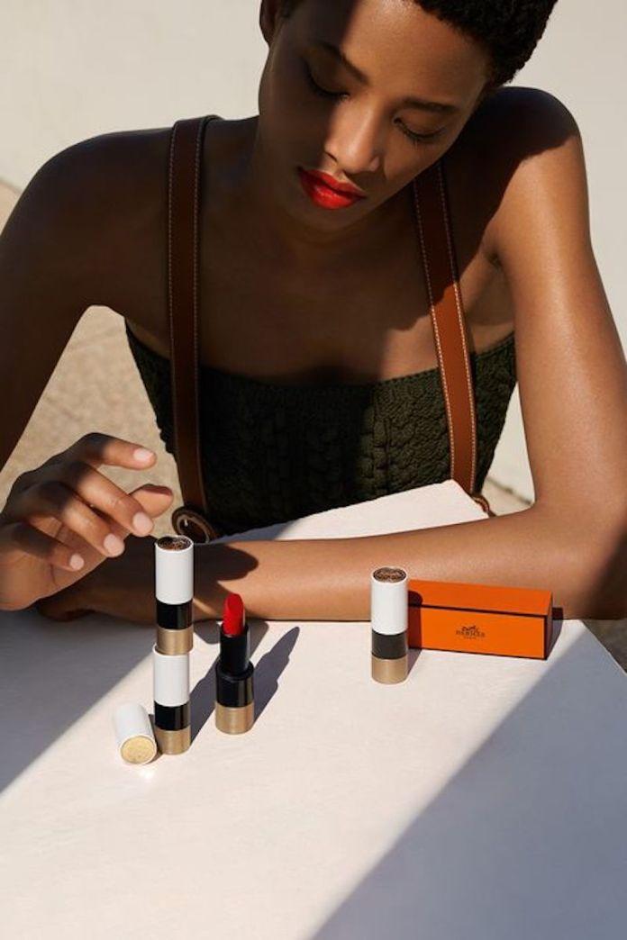 ClioMakeUp-frasi-belle-make-up-8-rossetto-rosso.jpg