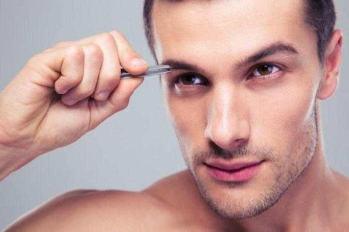 cliomakeup-beauty-routine-uomo-13-sopracciglia
