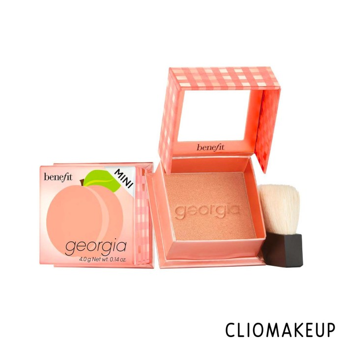 cliomakeup-recensione-blush-benefit-mini-georgia-blush-1