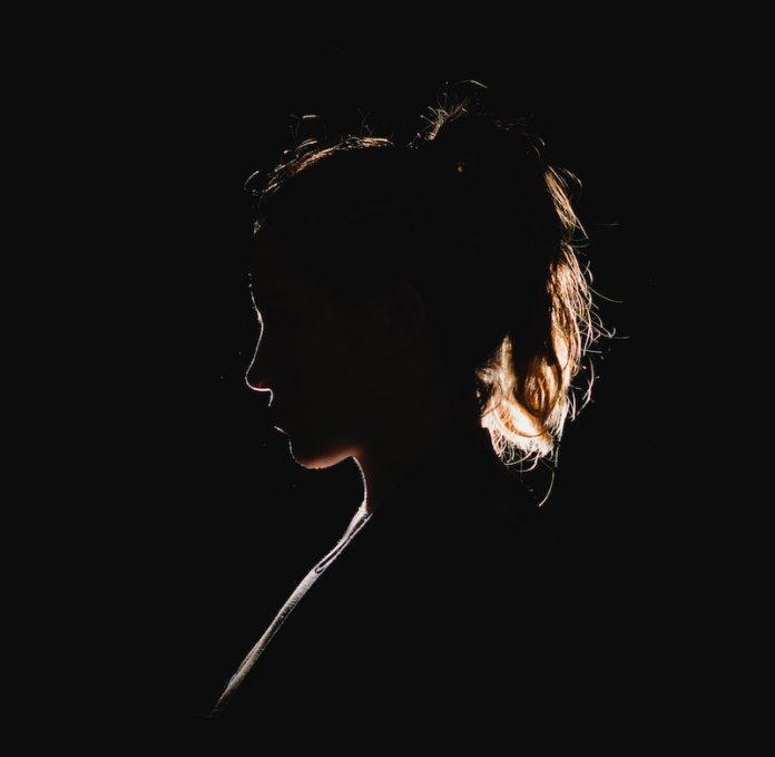 cliomakeup-cose-non-fare-lasciati-teamclio-13-solitudine