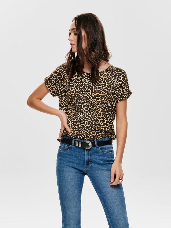 Cliomakeup-look-animalier-primavera-2020-8-only-t-shirt