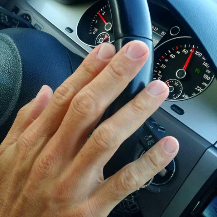 cliomakeup-manicure-uomo-19-manicure-uomo