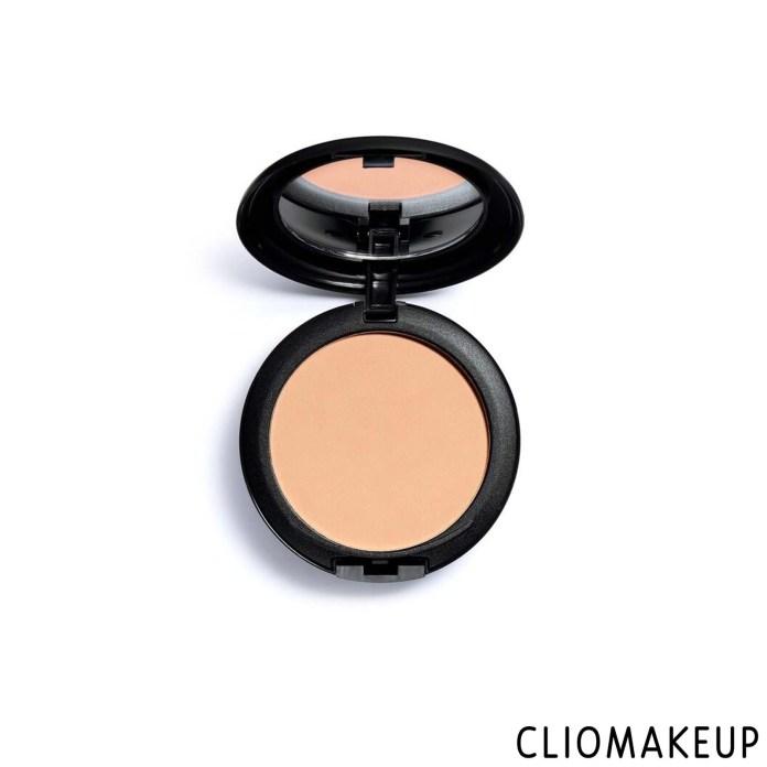 cliomakeup-recensione-fondotinta-compatto-revolution-pro-powder-foundation-pressed-powder-foundation-1