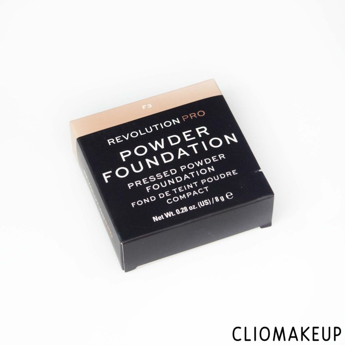 cliomakeup-recensione-fondotinta-compatto-revolution-pro-powder-foundation-pressed-powder-foundation-2