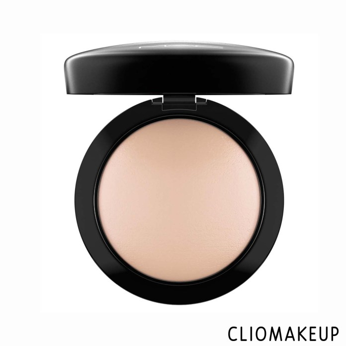 cliomakeup-recensione-cipria-mac-mineralize-skinfinish-natural-1