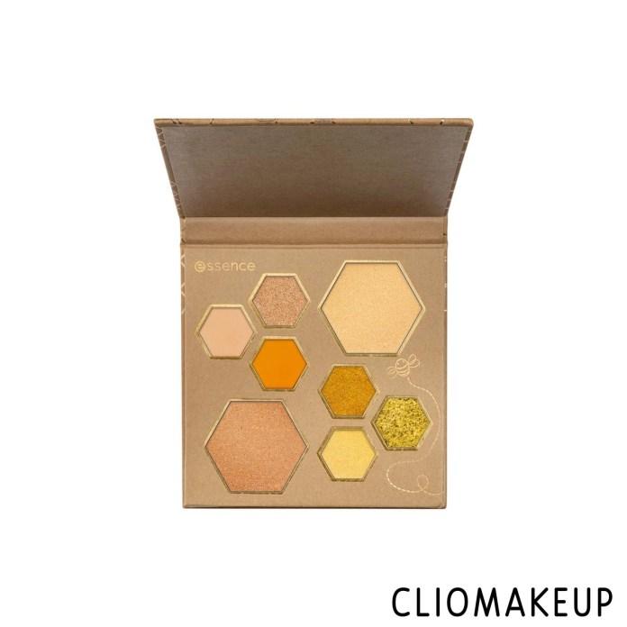 cliomakeup-recensione-Palette-Essence-Wanna-Bee-My-Honey-eyeshadow-e-highlighter-palette-3