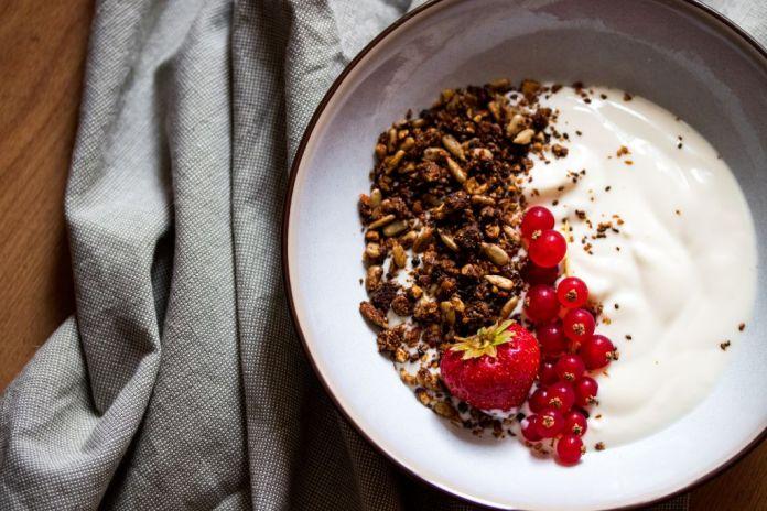Cliomakeup-latte-e-yogurt-1-copertina