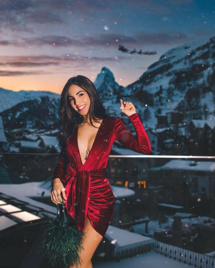 Cliomakeup-minidress-inverno-2021-9-giulia-delellis-abito-velluto-rosso