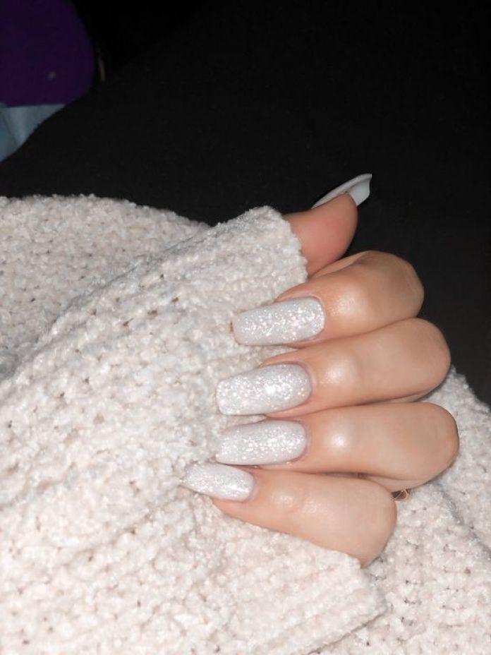 Cliomakeup-unghie-sugar-snow-4-smalto-bianco-glitter