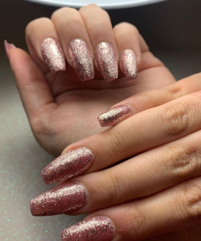 cliomakeup-unghie-glitter-rose-gold-teamclio-2