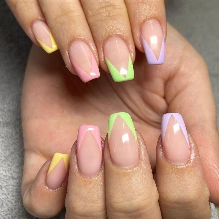 cliomakeup-funky-french-manicure-colori-pastello