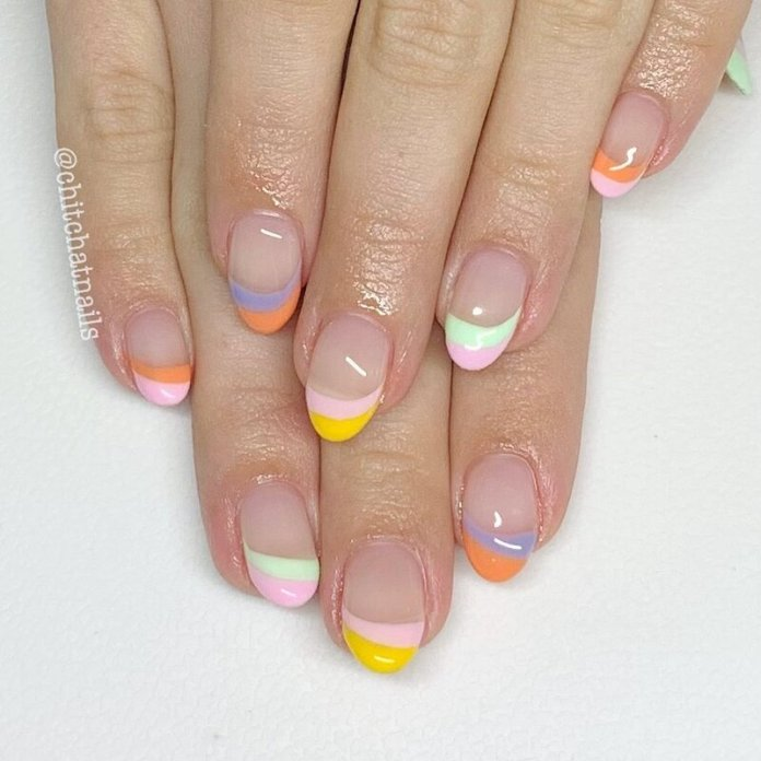 cliomakeup-funky-french-manicure-pastello-doppie