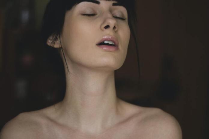 cliomakeup-petting-masturbazione