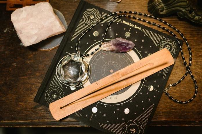 cliomakeup-pietre-e-segni-zodiacali-cristalloterapia