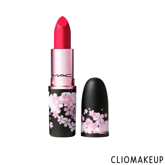cliomakeup-recensione-rossetto-mac-black-cherry-matte-lipstick-1