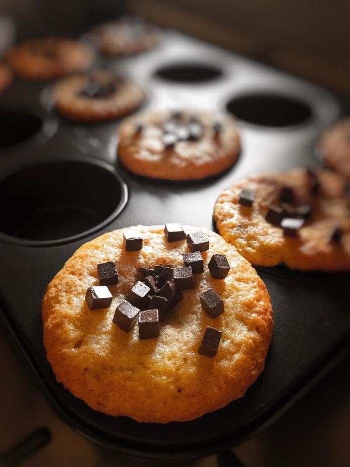 cliomakeup-ricetta-muffin-con-gocce-di-cioccolato-decorazione