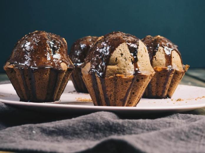 cliomakeup-ricetta-muffin-con-gocce-di-cioccolato-fondente