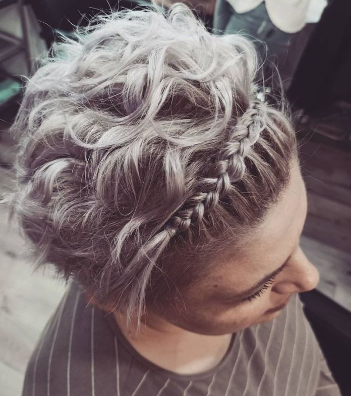 cliomakeup-hairstyles-curly-hair-2021-teamclio-17