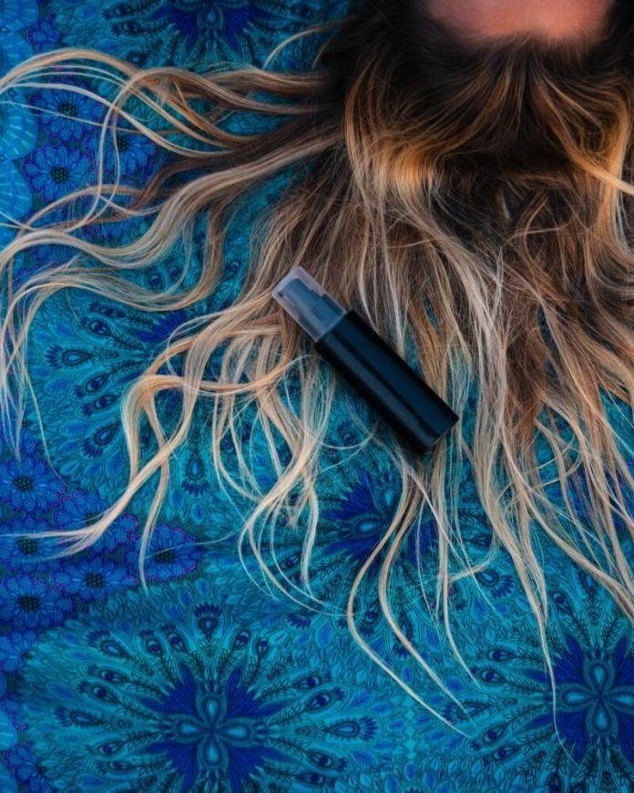 cliomakeup-protezione-solare-capelli-2021-mare