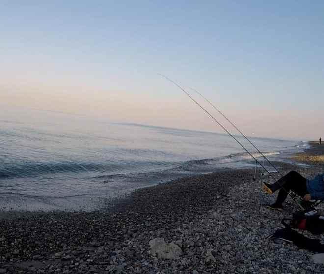 postazione pesca feeder in mare