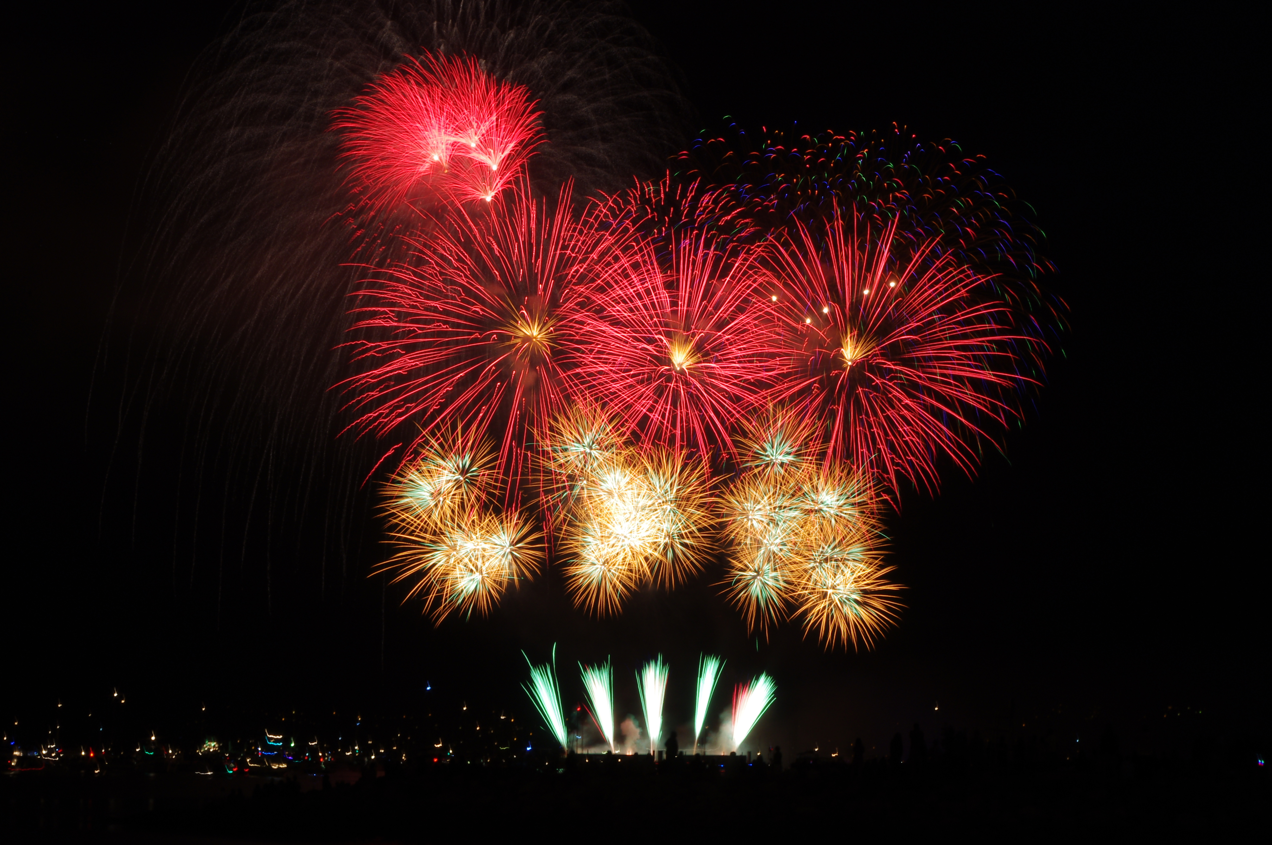 File:Celebration of Light Brazil 2012 20.JPG - Wikimedia Commons