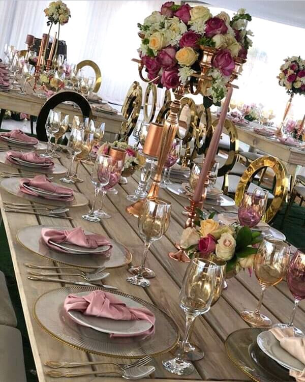 Modern Traditional Wedding Decor with Rustic Theme ... on Traditional Rustic Decor  id=66068