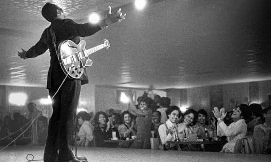 BB King on stage at Chicago's Burning Spear, 1978. Photograph: Courtesy of Charles Sawyer