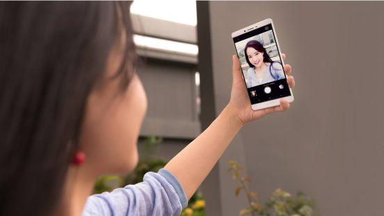 Oppo R7 Plus selfie