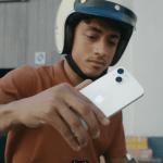 ¿Por qué Apple desaconseja usar el iPhone en moto y lo muestra en un anuncio?