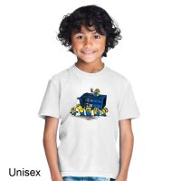 Minion at the Tardis Dr Who t-shirt by Clique Wear