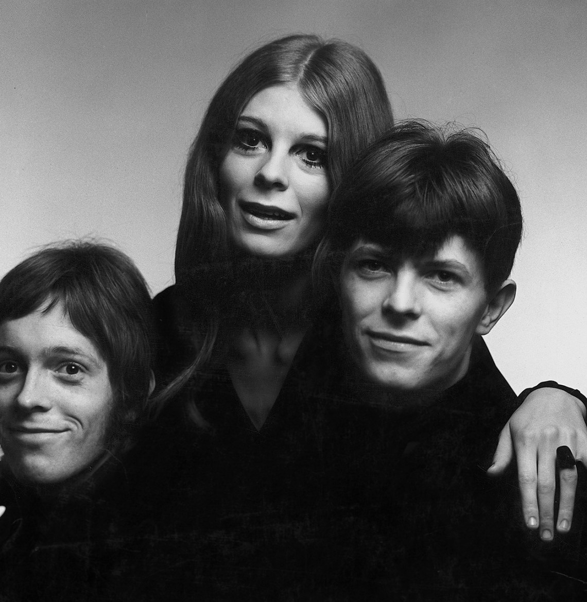 Bowie-young-with-Band.jpg