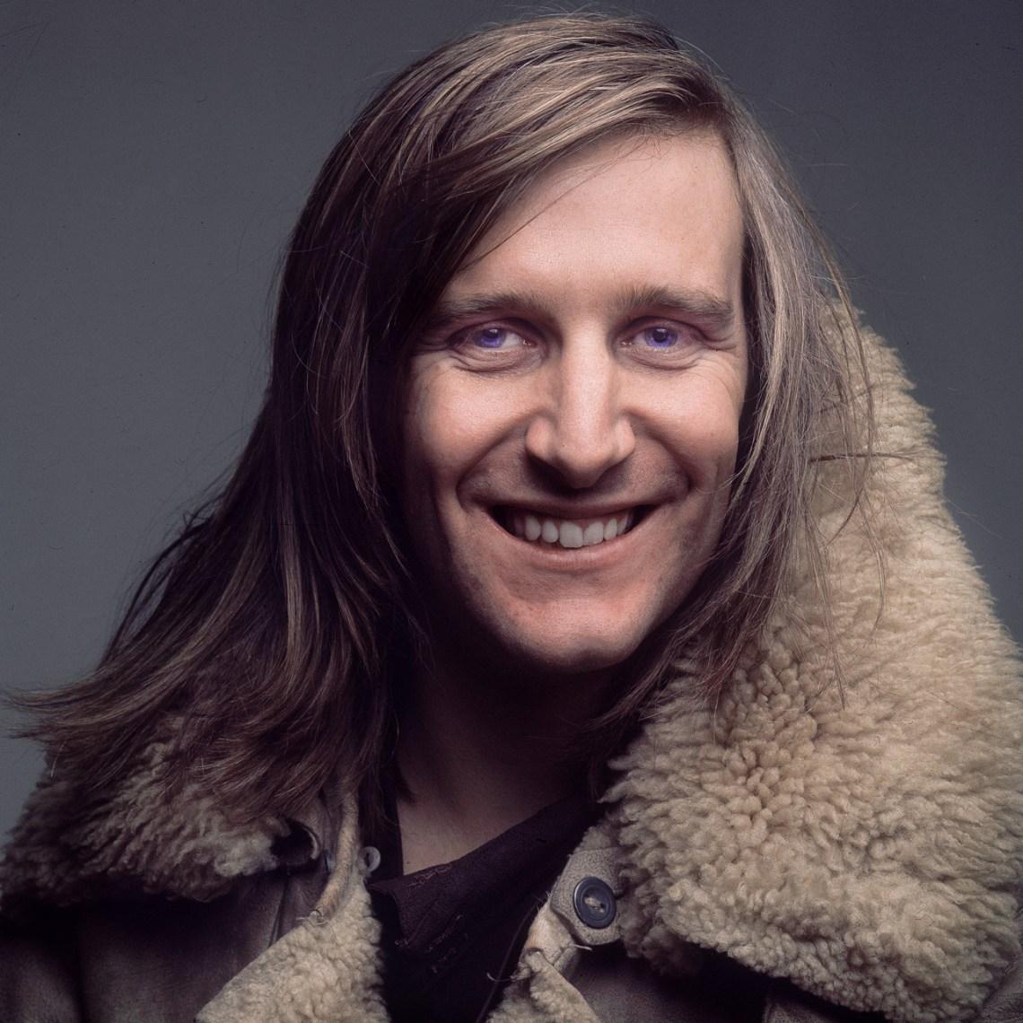 Clive-Arrowsmith-portrait-1971.jpg
