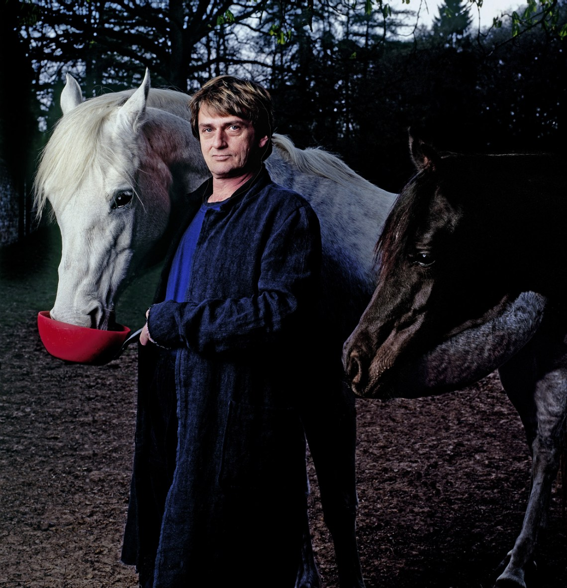 Mike-Oldfield-horse-1