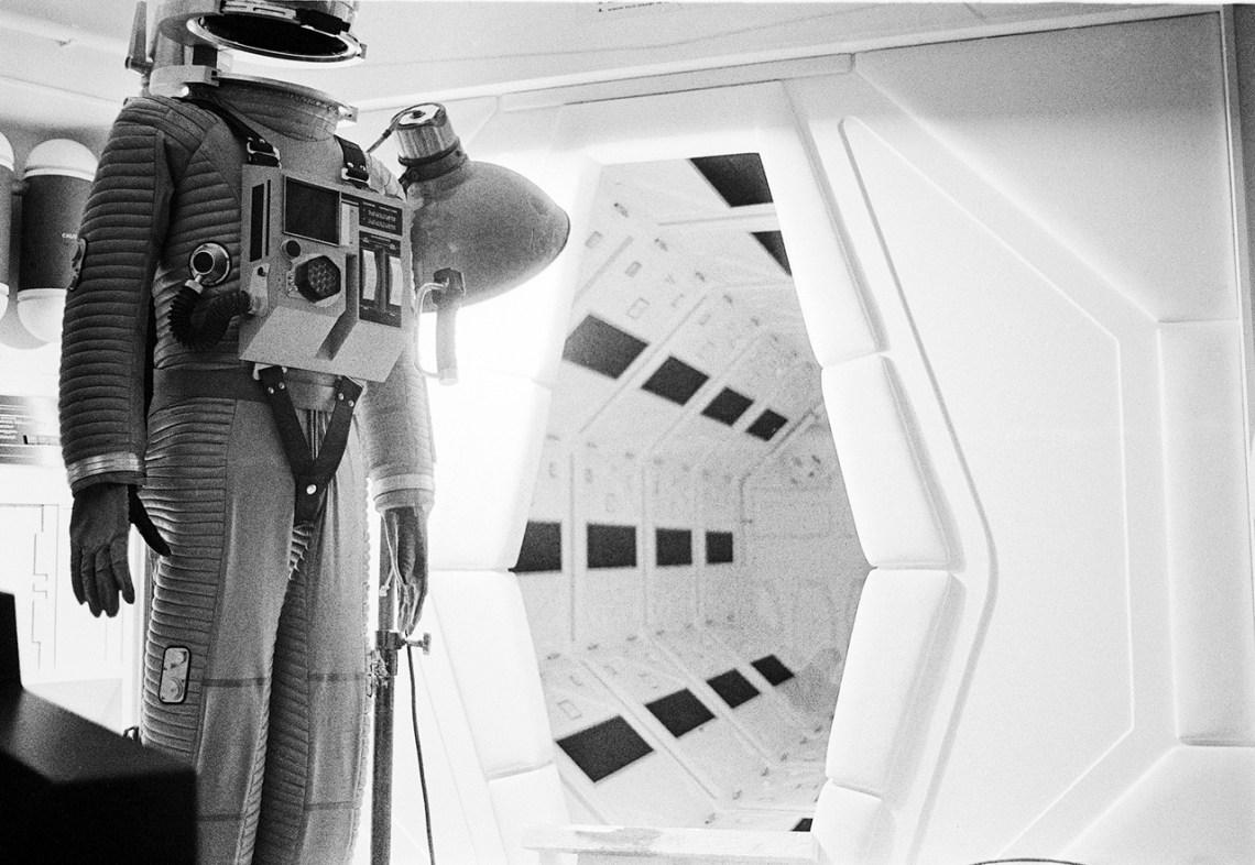 Kubrick-2001-Space-suit-4