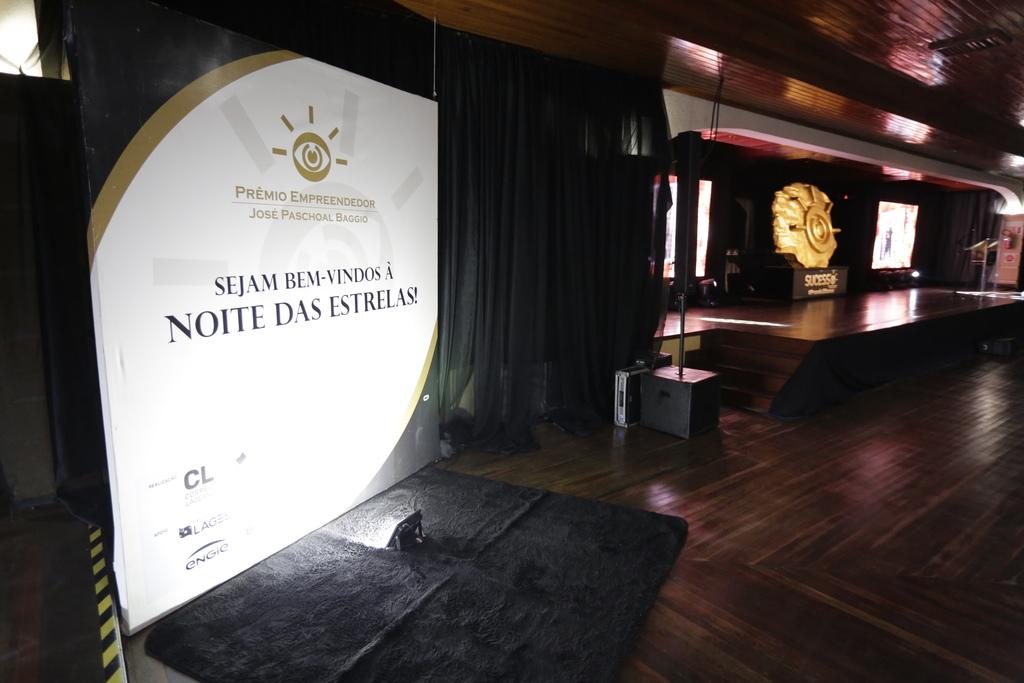 Prêmio Empreendedor - 20 anos - Memorizze - 2018 (4)_Easy-Resize.com