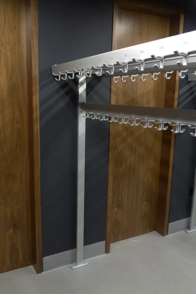 Royal Opera House Cloakroom   Cloakroom Solutions