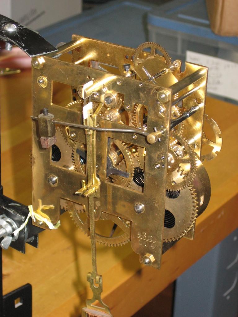 Kienzle german box clock clockinfocom for Kienzle wall clock parts