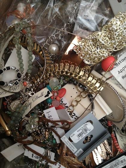 Junk Jewelry Lots – 10 lb