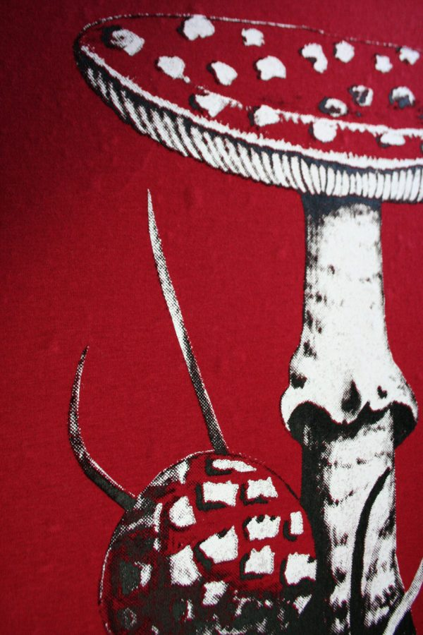 Fly Agaric botanical illustration screen printed shirt from Closet of Mysteries Detail