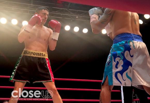 Video: Luis Gerardo Méndez suelta su primer gancho sobre el ring