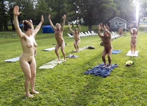 nude-yoga-northeast-naturist-festival-2016-empire-haven-young-naturists-america